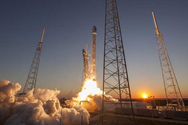 Ракета SpaceX Falcon 9 запустила спутник радиовещания для SiriusXM