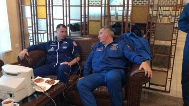 Что сегодня случилось с российским космическим кораблём в небе над Байконуром