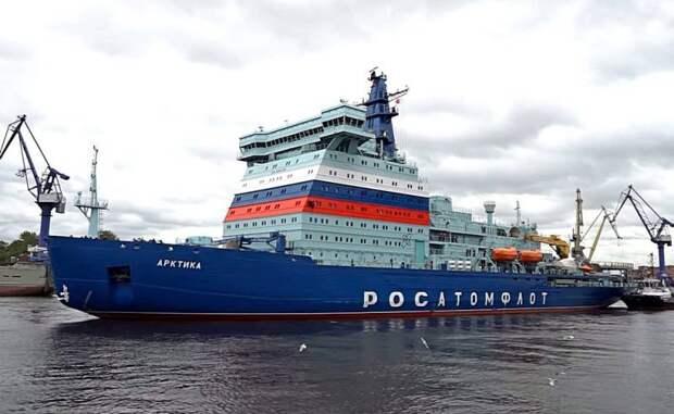 СМИ США: Несмотря на все трудности, крупнейший ледокол в мире направляется в Русскую Арктику