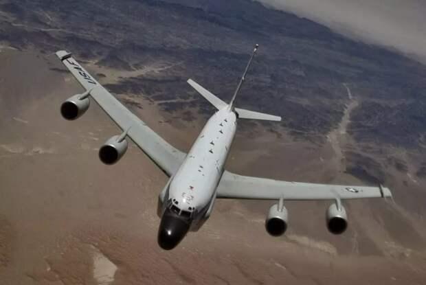 Америка балансирует на грани, провоцируя военные конфликты с Россией