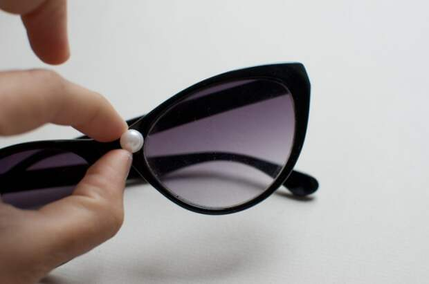 Как украсить солнцезащитные очки