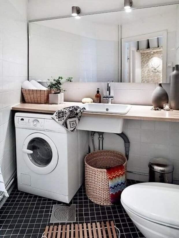 Если регулярно проветривать барабан, то стиральная машина будет нуждаться в полной чистке раз в 12 месяцев. / Фото: pinterest.ru