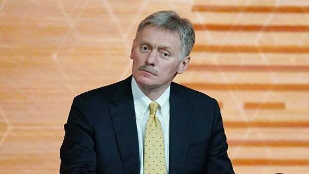"""""""Нет худа без добра"""". Песков о критике со стороны Запада на статью Путина"""