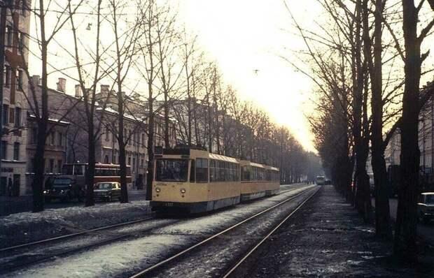 Санкт-Петербург в прошлом и сейчас