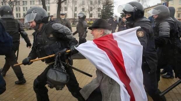 «Как киргизы» – беглый подельник Ходорковского подстрекает Беломайдан к судам Линча