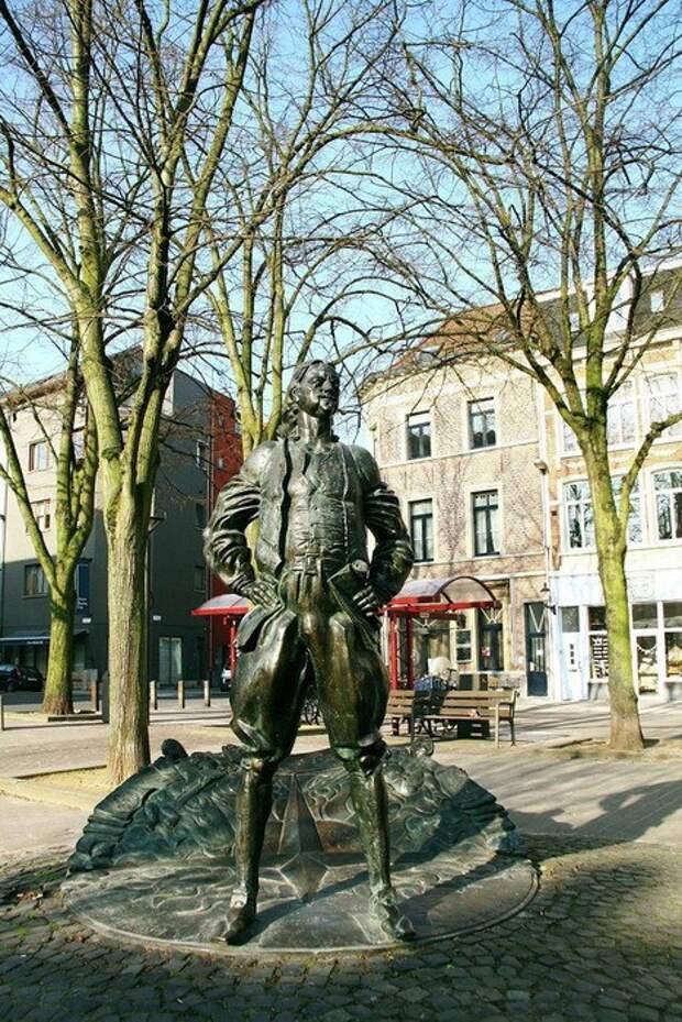 3. Памятник Петру І в бельгийском Антверпене памятники, ссср