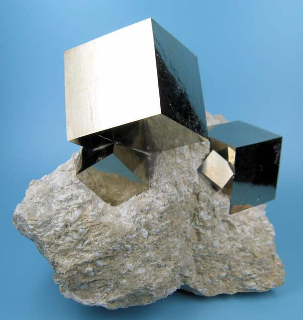 Идеальные пиритовые кубы, сформированные матушкой-природой интераесное, факты, фото