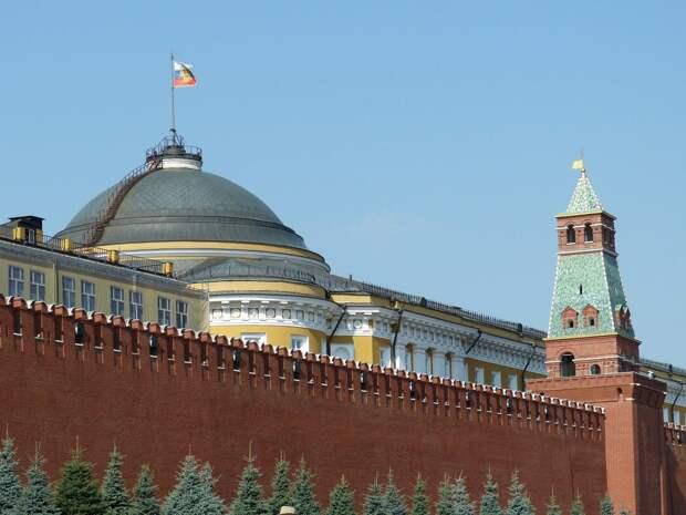 Санкции не работают: американские эксперты об ограничениях в отношении России