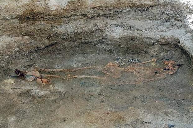 На этрусском некрополе в Вульчи найдены древнейшие римские монеты.