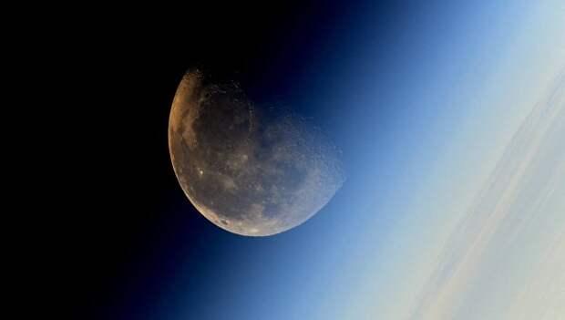 """США запретили другим странам посещать места лунных миссий """"Аполлон"""""""