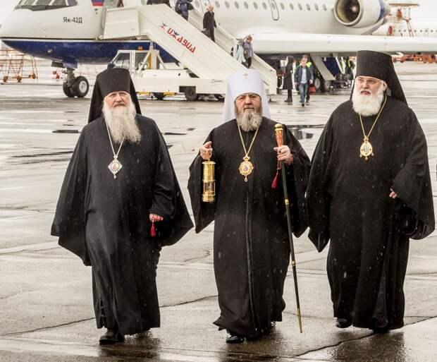 Благодатный огонь из Иерусалима доставят в Ижевск к празднику Пасхи