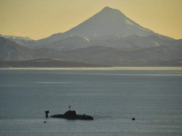 ВС США сообщили о российской подводной лодке, всплывшей у берегов Аляски