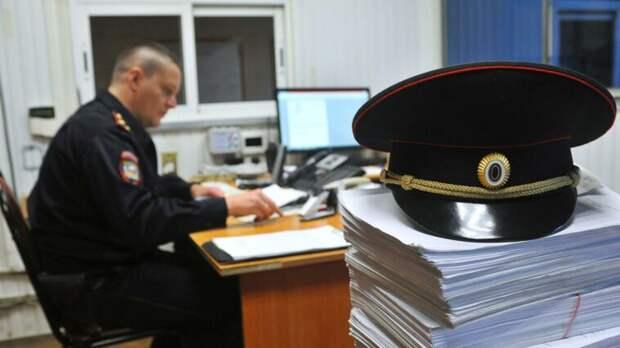 СК возбудил уголовное дело после слива нефтепродуктов в реку Черняницы в Кировской области