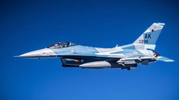 Пентагон раскрыл смысл переброски истребителей ВВС США в Польшу