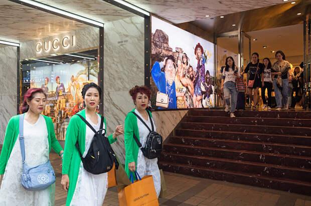 Падение выручки, закрытие бутиков и банкротство: последствия пандемии для индустрии моды
