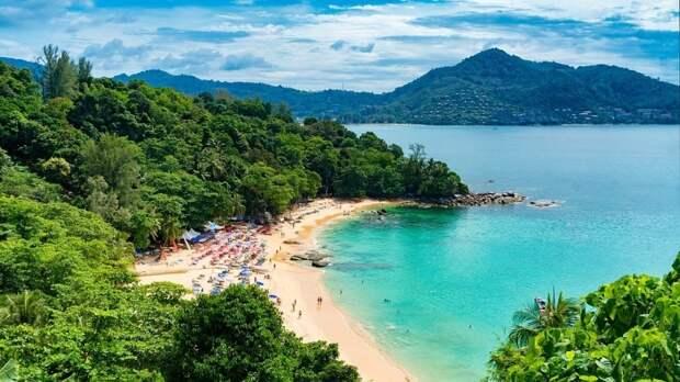 Власти Таиланда могут отложить открытие Пхукета из-за третьей волны коронавируса