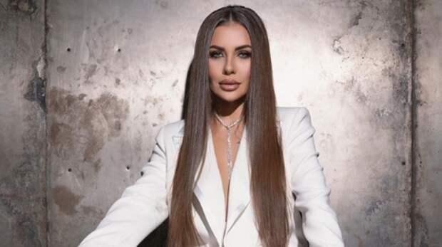 Потерявшая мужа Софья Стужук показала соблазнительные снимки для Playboy