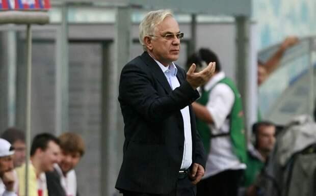 Гаджиев: «У нас масса футболистов не знают, как открыться и принять мяч, и тем не менее играют в РПЛ»
