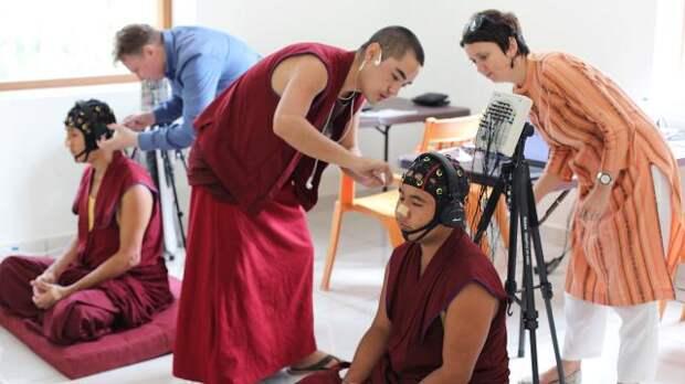«Дверь» есть». Зачем ученые изучают мозг тибетских монахов во время медитации