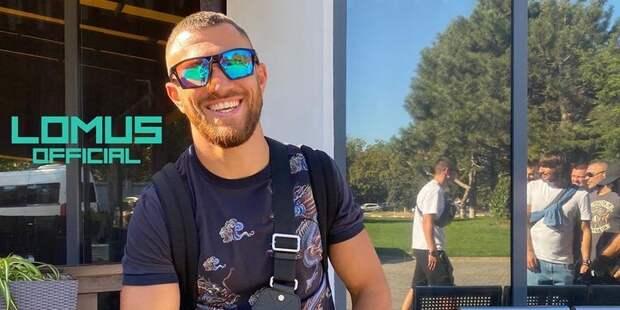 Ломаченко отправился в США на бой с Теофимо Лопесом - ТЕЛЕГРАФ