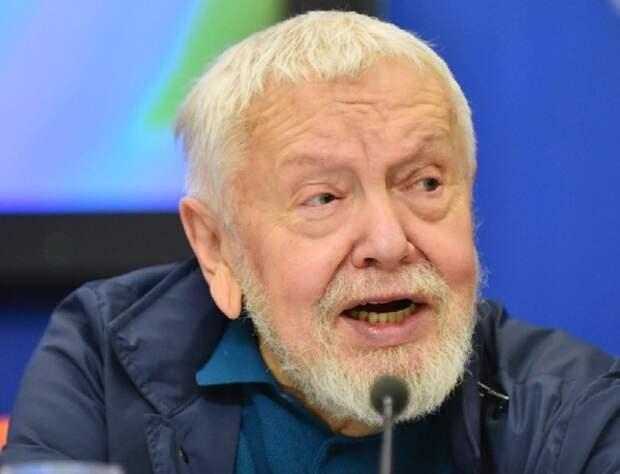 Источники: Режиссера Сергея Соловьева перевели в реанимацию