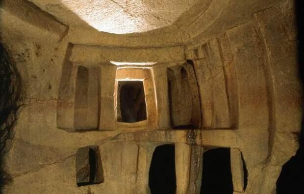 Загадочный и жуткий Храм смерти на Мальте