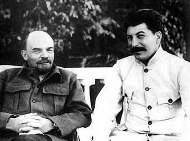Как большевики делили Российскую империю на союзные республики
