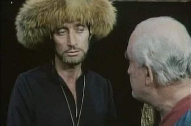 Михаил Булгаков Между комедией и фантасмагорией
