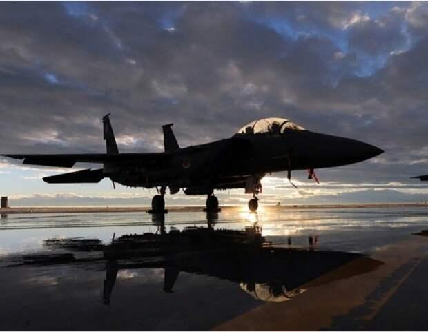 США приостановили подготовку саудовских лётчиков после стрельбы на базе ВМС