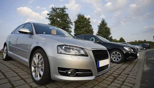 Жители России стали реже покупать новые автомобили