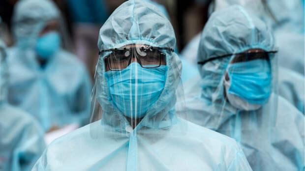 В Индии из-за «шторма» коронавируса в больницах не хватает кислорода