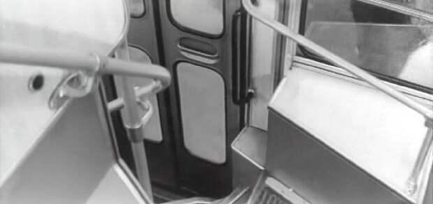 Двухэтажные троллейбусы и автобусы в СССР СССР, авто, автобус, кино, москва, общественный транспорт, троллейбус