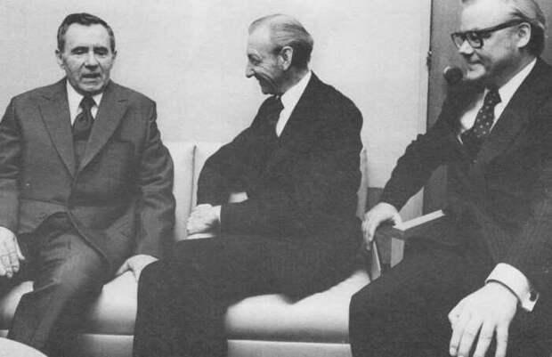 Встреча А.Громыко, К.Вальдхайма и А.Шевченко в приемной Генеральной Ассамблеи.