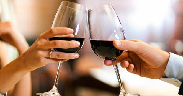 Названа безопасная доза алкоголя дляженщин имужчин