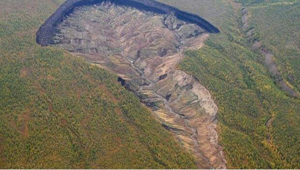 Сибирские «Врата в ад» увеличиваются на 20 метров в год