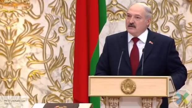 Лукашенко заявил, что в Украине и Польше работают центры спецслужб США