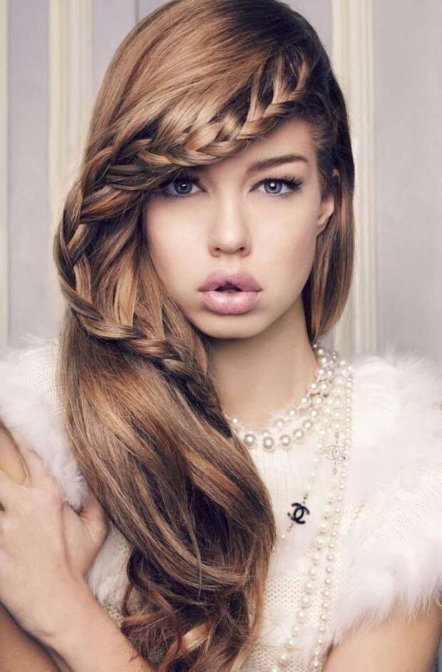 Прическа с косой — неотразимой быть легко!