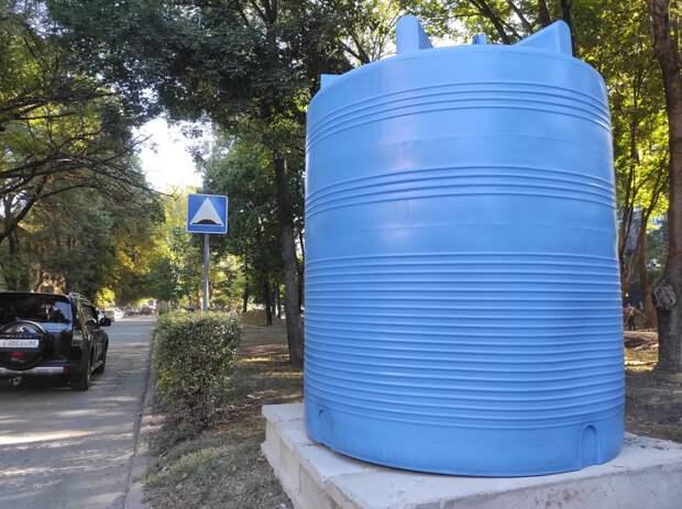 Власти Симферополя обновили карту с бочками для воды