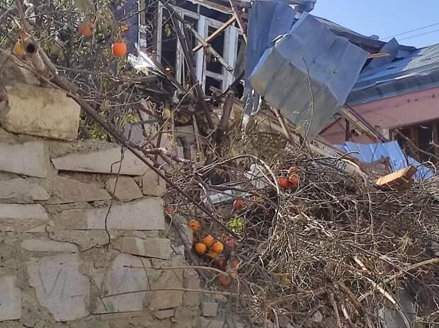 Армения и Азербайджан обвиняют друг друга в нарушении перемирия. Фоторепортаж из Степанакерта