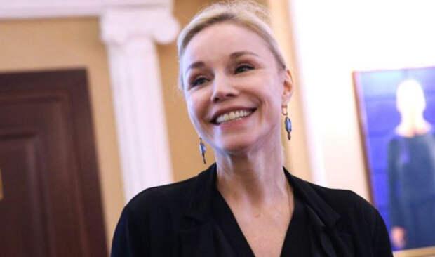 Вдова Табакова ответила на слухи о госпитализации