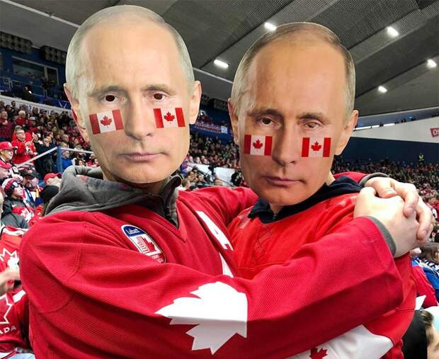 Маски Путина наканадских фанатах. Самые необычные наряды болельщиков намолодежном ЧМ: фото