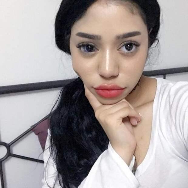 Эта девушка устала от людей, которые постоянно спрашивают, что не так с её глазом Instagram, Соня Лесли, блогер, глаза, люди, макияж, селфи