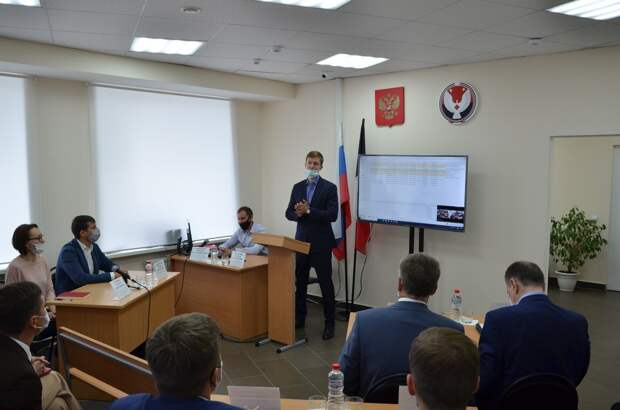 Робот-секретарь трудится в одном из судов Ижевска