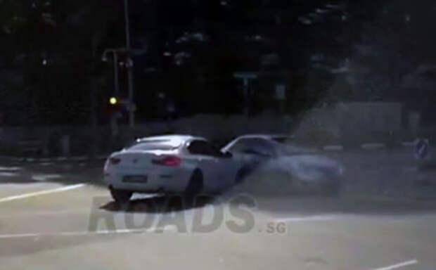 Автомобиль-призрак, откуда он взялся - изучите видео!