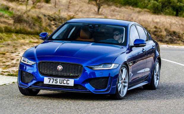 Две обновленные модели Jaguar: в Россию приедет только одна