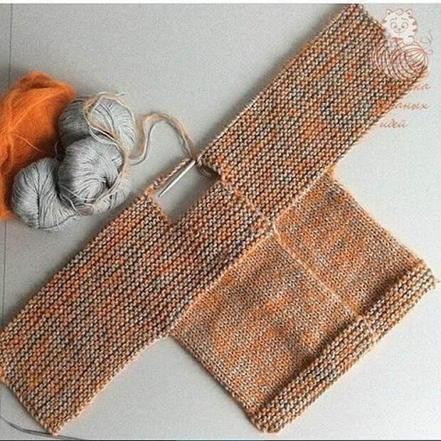 ВЯЖЕМ.  Двубортное пальтишко и шапочку для малыша