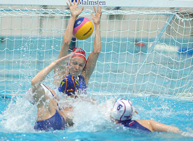 Женская сборная России по водному поло третий раз в истории вышла в полуфинал Олимпийских игр