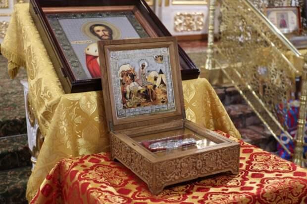 Ковчег с частицей мощей Александра Невского прибыл в Новосибирск