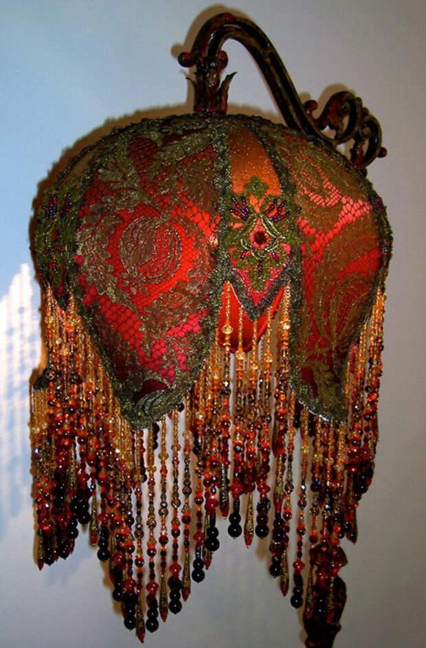 Расшитые абажуры от Linda Kenmore