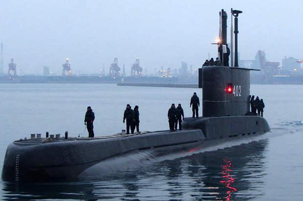 ВМС Индонезии начали поиск пропавшей подводной лодки